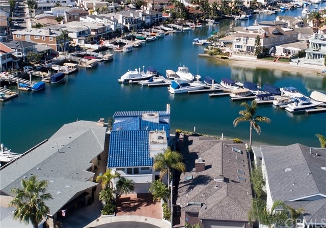 58 Balboa Coves, Newport Beach CA 92663