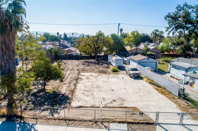 1025 W 16th St  San Bernardino CA 92411