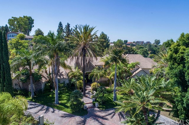 Photo of 195 S Peralta Hills Drive, Anaheim Hills, CA 92807