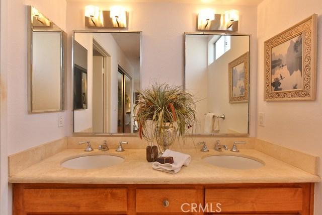 1639 Camden Avenue, Los Angeles CA: http://media.crmls.org/medias/b937a36e-dee5-4f66-8be1-1466b850fa11.jpg