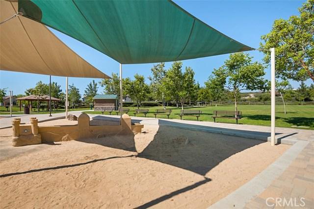 28882 Mountain View Lane, Lake Forest CA: http://media.crmls.org/medias/b9403d60-803a-4466-af22-1c88b996bf87.jpg