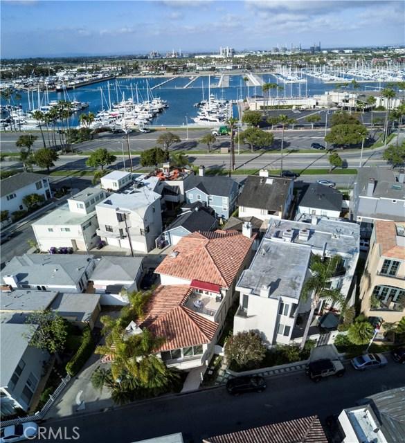 6063 Lido Lane, Long Beach CA: http://media.crmls.org/medias/b94ed5ae-914f-4812-8644-c8c5d89e51bd.jpg