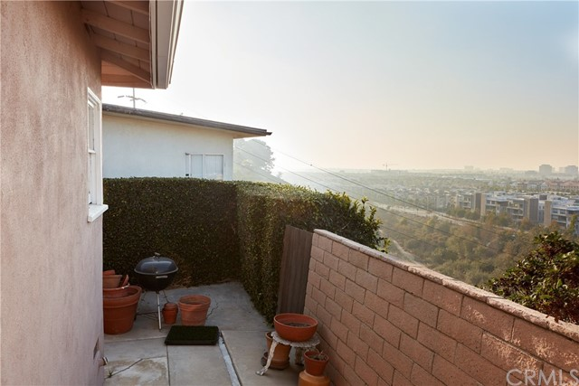 7455 Mcconnell Ave, Los Angeles, CA 90045 photo 3