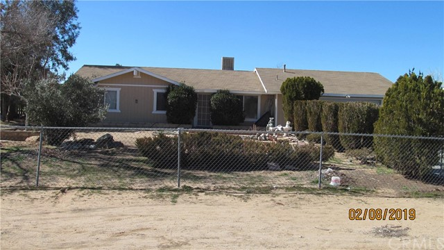11192 Dolphin Avenue,Apple Valley,CA 92308, USA