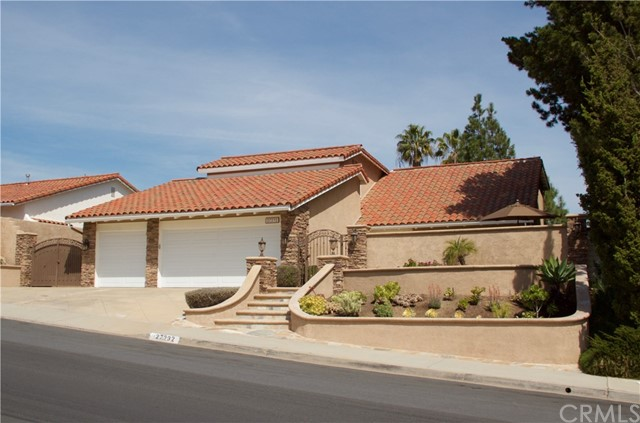 Single Family Home for Sale at 27232 Calle Del Cid Mission Viejo, California 92691 United States