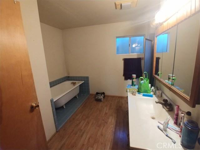 1287 Piney Ridge Place, Fawnskin CA: http://media.crmls.org/medias/b9746372-01d5-475f-b4d3-901f9fcf4555.jpg