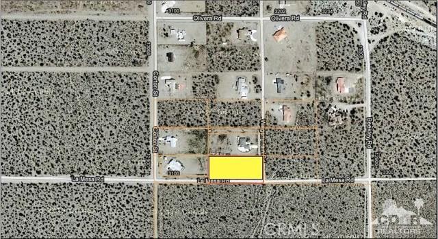 3177 La Mesa Road, Phelan CA: http://media.crmls.org/medias/b974798c-79f0-4ae5-b8b1-79f2a7176ff9.jpg