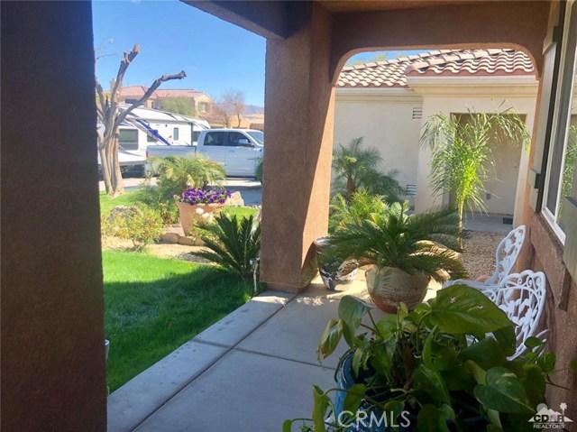 84101 Bellissima Avenue, Coachella CA: http://media.crmls.org/medias/b9830c1d-c81a-4996-8258-bdb2e19eb7df.jpg