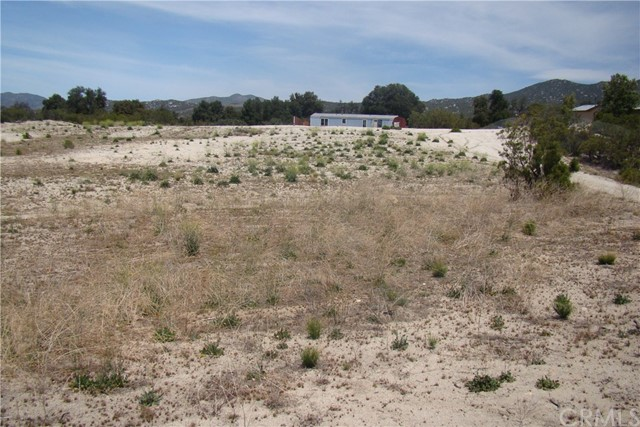 29812 Old Mitchell Camp Road, Warner Springs CA: http://media.crmls.org/medias/b9853cbf-e601-4b49-b8f5-d024857d6cff.jpg