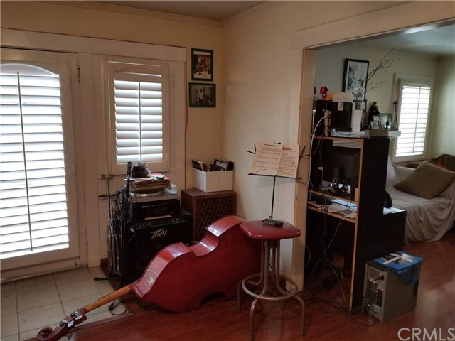 6616 Denver Av, Los Angeles, CA 90044 Photo 10