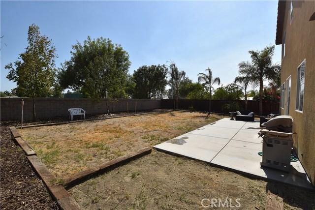 1094 Reward Street, San Jacinto CA: http://media.crmls.org/medias/b9a3fb98-3895-4cfd-80af-e95f592812dc.jpg