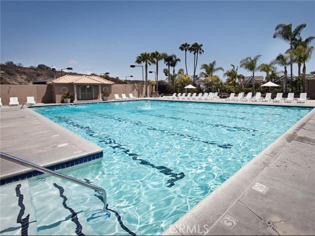 Photo of  Newport Beach, CA 92663 MLS NP18056562