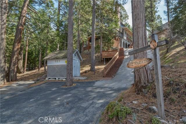 527 Rainier Road, Lake Arrowhead CA: http://media.crmls.org/medias/b9b24751-e7b8-49ae-af86-35231f3e68a9.jpg