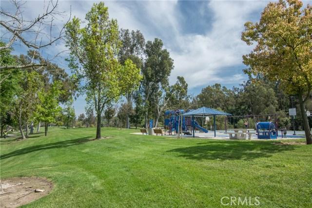 22916 Avenue Valley Verde 7, Laguna Hills CA: http://media.crmls.org/medias/b9bbc975-1d67-4900-86f1-3aaef553450a.jpg