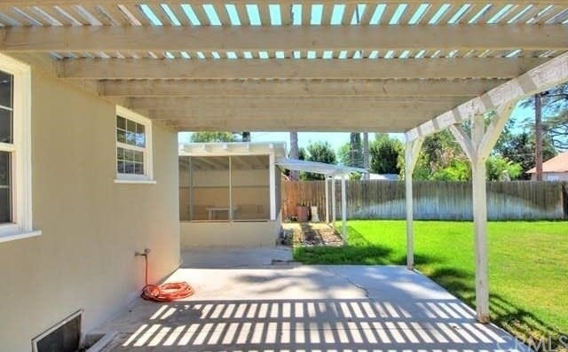 6633 Calvin Court Riverside, CA 92506 - MLS #: SW18268227