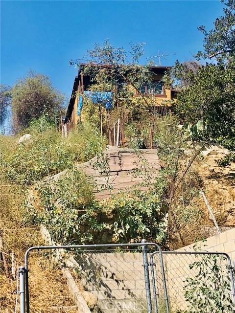 3209 Johnston Street, Los Angeles CA: http://media.crmls.org/medias/b9dacaaf-9aac-4ccf-ad9c-5e24d6215dd2.jpg