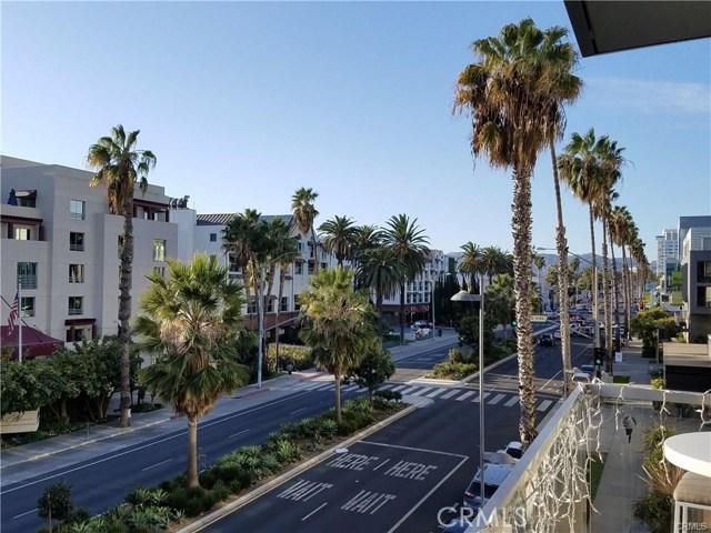 1755 Ocean Avenue, Santa Monica CA: http://media.crmls.org/medias/b9db5268-fbff-4e4a-9f52-cba6db44320a.jpg