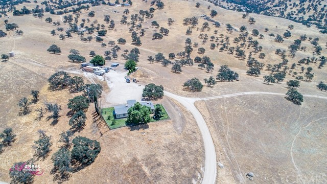 10250 S Granite Road Bakersfield, CA 93308 - MLS #: SC18173346