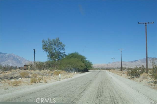 5 Kay Road, Desert Hot Springs CA: http://media.crmls.org/medias/b9ec3f24-992d-4b4e-9e2b-55728102fbcc.jpg