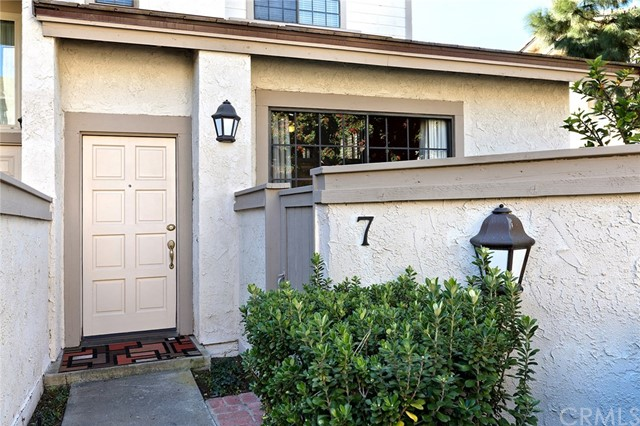7 Moon Dust, Irvine, CA 92603 Photo 1