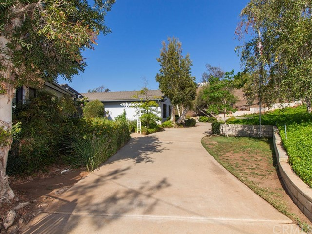 3215 Fairview Drive, Vista, CA 92084