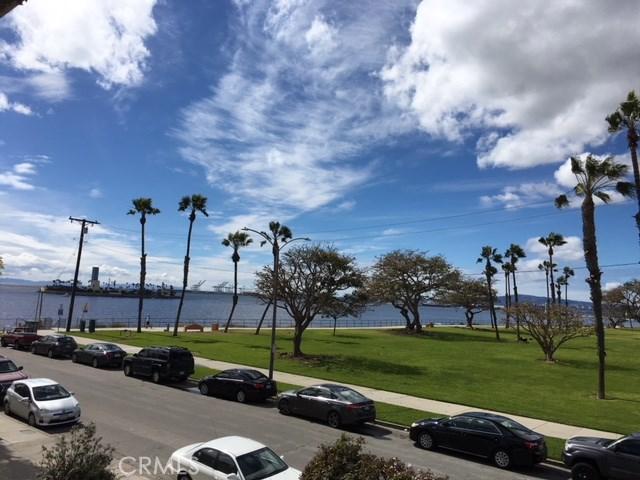 2 36th Pl, Long Beach, CA 90803 Photo 1
