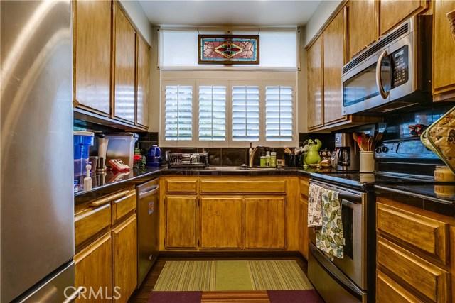 2322 Palos Verdes W Drive, Palos Verdes Estates CA: http://media.crmls.org/medias/b9fed642-79a8-44b7-91ca-84af739dd647.jpg