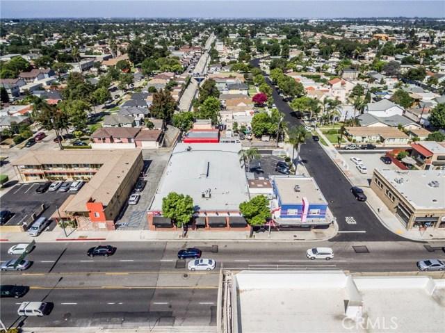 805 S Harbor Boulevard, Fullerton CA: http://media.crmls.org/medias/ba01ced9-49fa-4843-a6a4-5304bf46fd34.jpg