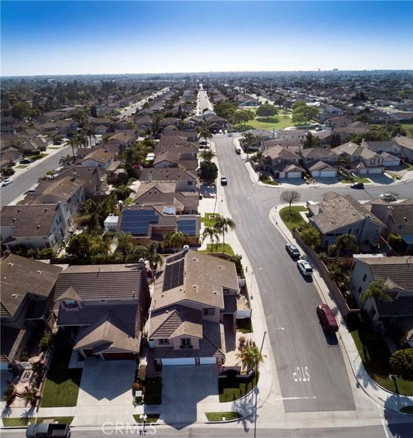 19681 Education Lane, Huntington Beach CA: http://media.crmls.org/medias/ba076f21-b1cc-41ca-9ee1-521d89ab48a2.jpg