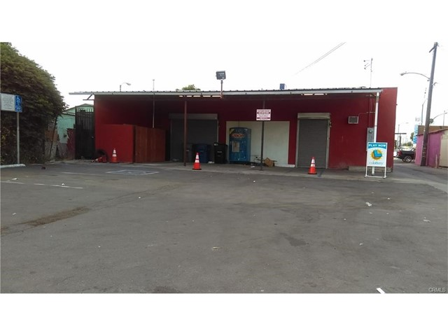 1517 Firestone Boulevard Los Angeles, CA 90001 - MLS #: DW17253328