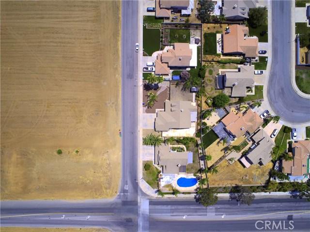 31043 Hanover Lane, Menifee CA: http://media.crmls.org/medias/ba2f0c9b-d4d6-497b-8f85-a198e79d83ce.jpg