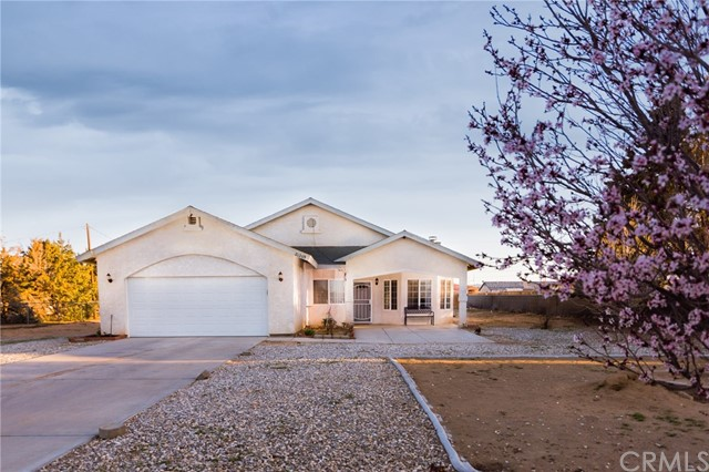 21209 Multnomah Road, Apple Valley, CA, 92308
