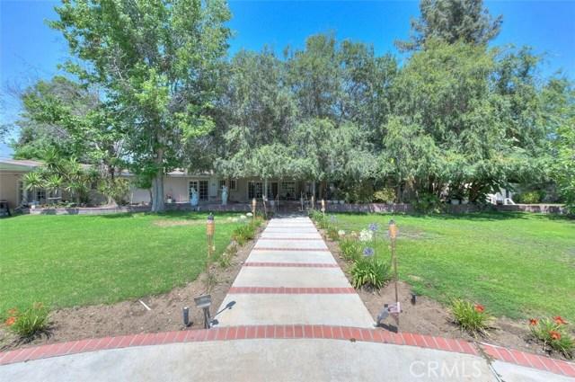 3670 Lombardy Road, Pasadena CA: http://media.crmls.org/medias/ba4f1c6d-e5cc-434d-9134-e26ef2207a10.jpg