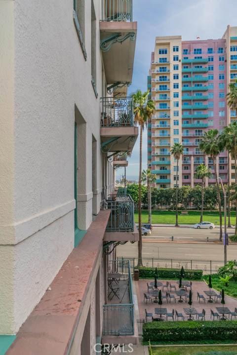 455 E Ocean Boulevard, Long Beach CA: http://media.crmls.org/medias/ba596f5b-ba2c-4c72-b683-05ad811c4ffa.jpg