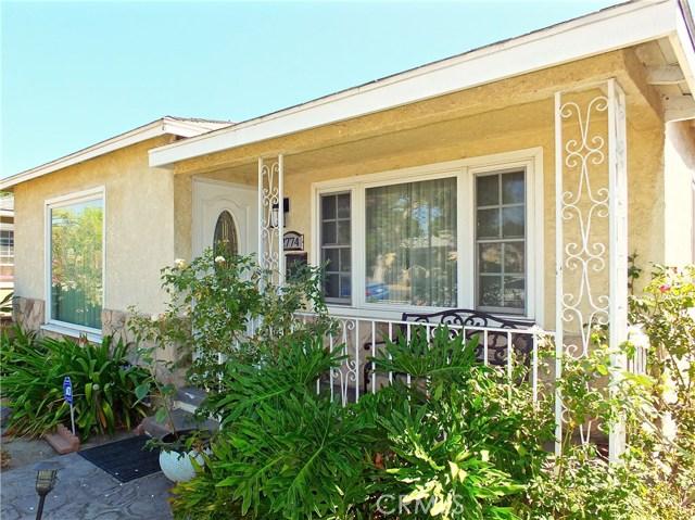 2774 Delta Avenue, Long Beach CA: http://media.crmls.org/medias/ba5d7523-ba53-4251-80dc-e083acf88129.jpg