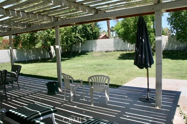77596 Edinborough Street, Palm Desert CA: http://media.crmls.org/medias/ba71defb-eb87-431a-9dc3-400156ed1144.jpg