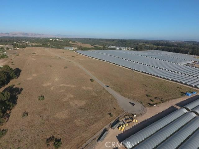 6 Westhampton, Arroyo Grande CA: http://media.crmls.org/medias/ba8900fa-cb7a-49a2-a58b-94ceb6bb6ed4.jpg