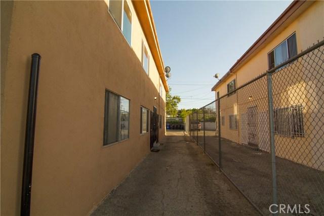 5406 Blackwelder Street, Los Angeles CA: http://media.crmls.org/medias/ba968c34-9289-4bdf-a6ab-f3f544a74cc1.jpg