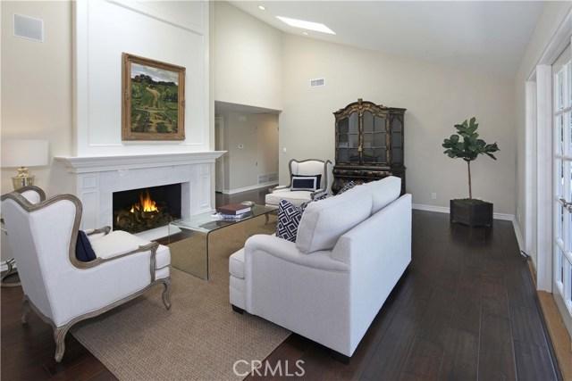 2233 Arbutus Street, Newport Beach CA: http://media.crmls.org/medias/ba9e4620-edab-4c1b-9c90-5b8fa6cc3633.jpg