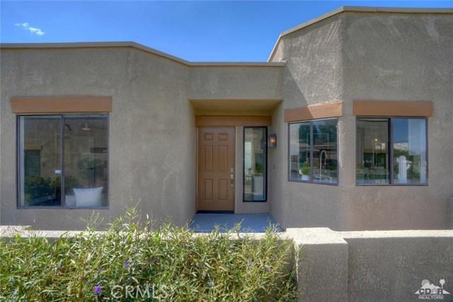 72308 BLUERIDGE Court, Palm Desert CA: http://media.crmls.org/medias/baa25c4e-0ea6-40db-89e0-1ccb7cc20c6d.jpg