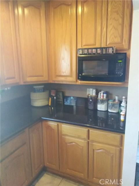 9441 Adoree Street, Downey CA: http://media.crmls.org/medias/bab5a3f3-1087-4e0a-95b3-925c05cddea1.jpg