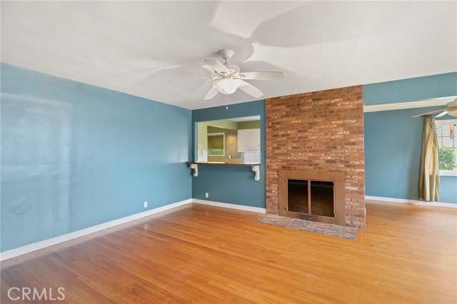 324 W Kendall Street, Corona CA: http://media.crmls.org/medias/babbcc90-2082-4432-a040-7fd221fc2803.jpg