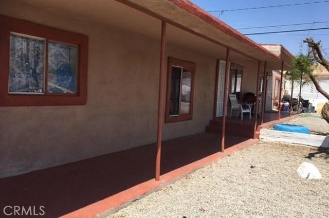 66220 E 1st E Street, Desert Hot Springs CA: http://media.crmls.org/medias/bacf78f3-f03d-4fb6-81dd-3fbdbf10dea0.jpg