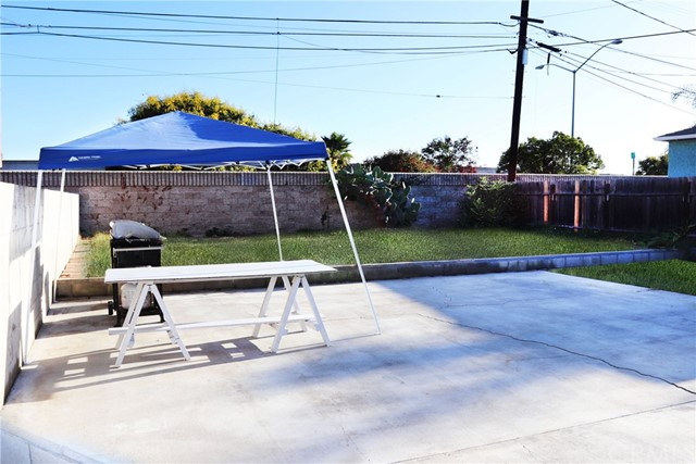 820 W 115th St, Los Angeles, CA 90044 Photo 20