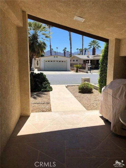 74204 Mercury Circle, Palm Desert CA: http://media.crmls.org/medias/bb03ef62-752d-40bd-a81e-9fa5b83a6d5c.jpg