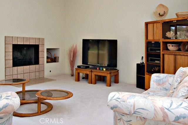 753 Violeta Drive, Palm Springs CA: http://media.crmls.org/medias/bb13f4d8-89df-4f5d-82c2-2ee8bddf913b.jpg