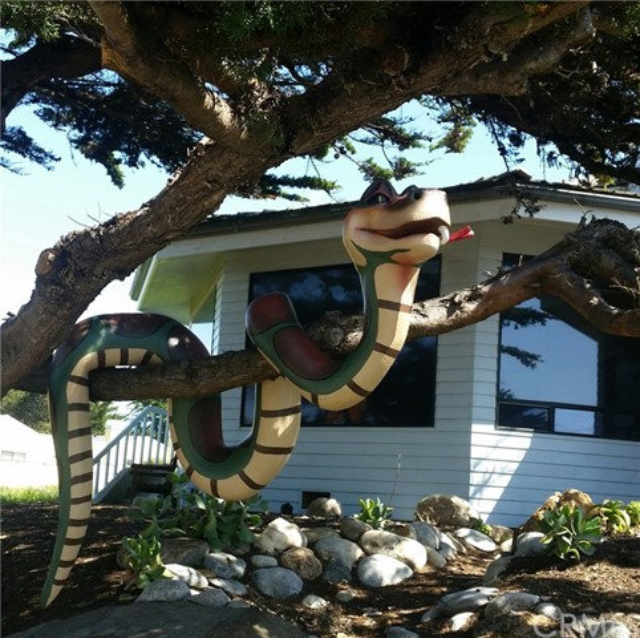 6736 Moonstone Beach Drive, Cambria CA: http://media.crmls.org/medias/bb1ccbc0-61bd-49bb-8848-d4278ddc304b.jpg