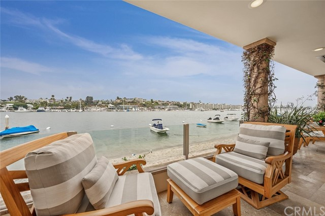 306 Via Lido Nord, Newport Beach, California 92663, 4 Bedrooms Bedrooms, ,4 BathroomsBathrooms,Residential Purchase,For Sale,Via Lido Nord,LG21159851