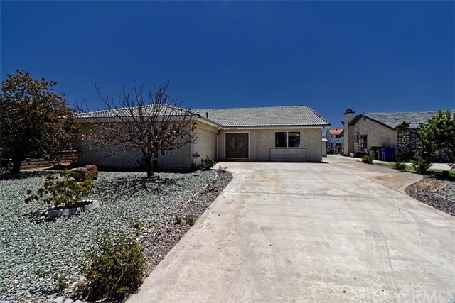 27531 Silver Lakes, Helendale, CA 92342