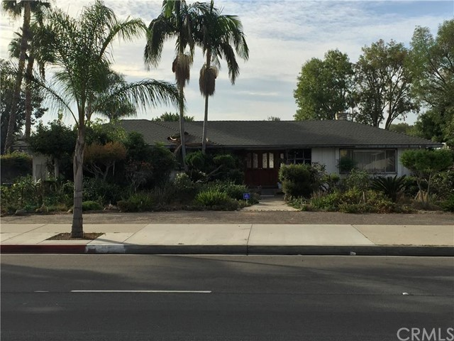 Combo - Residential and Commer for Sale at 7320 Katella St Stanton, California 90680 United States